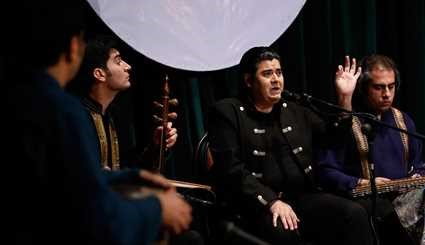 Salar Aghili performs in Hamedan