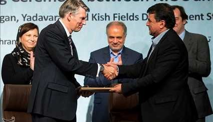 Iran, Shell Sign MoU on Future Oil, Gas Development