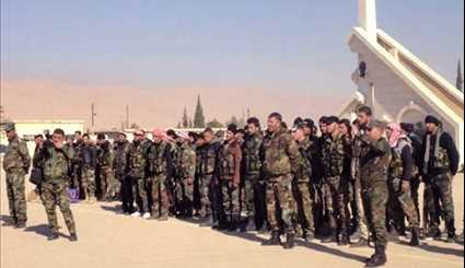 Syrian Army Regroups for Counter-Offensive Arrive Near Palmyra