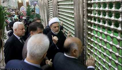 Iraq MPs pay tribute to Imam Khomeini
