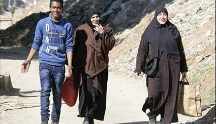 More Syrian Civilians Headed to Their Hometowns in Damascus Countryside