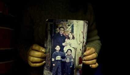 Syrians Stuck in Greece Remember Memories of Those They Left Home