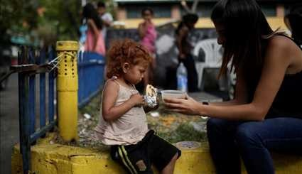 Volunteers feed Venezuela's poor