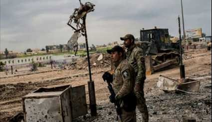 Iraqi Security Forces Search Western Mosul Houses for ISIL Terrorists