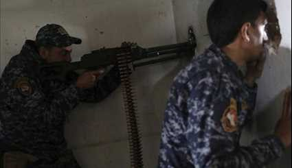 Iraqi Forces Clash with ISIL Militants in Mosul