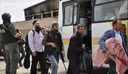 Syria: More Gunmen, Family Members Leave Al-Wa'er District in Homs