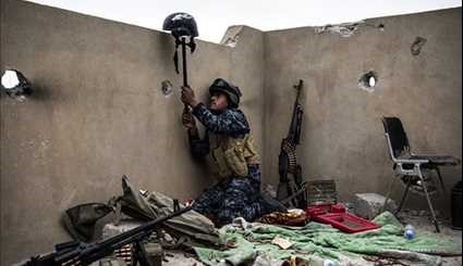 Iraqi Government Forces Continue Anti-ISIL Battle in Western Mosul