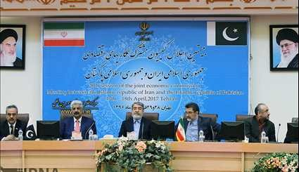Iran, Pakistan joint economic commission convenes in Tehran