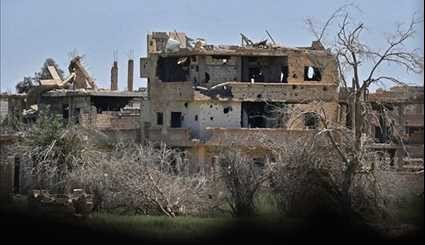 Syrian Army Troops Protecting Civilian Neighborhoods against Terrorists