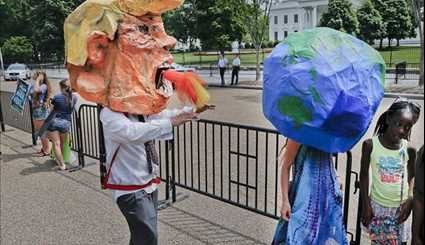 Thousands of Climate Change Protesters in Washington