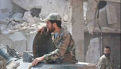Syrian Army Forces on Verge of Complete Victory against Terrorists in Al-Qaboun