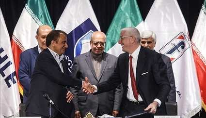 Intl. partners sign MoUs with Iran Khodro