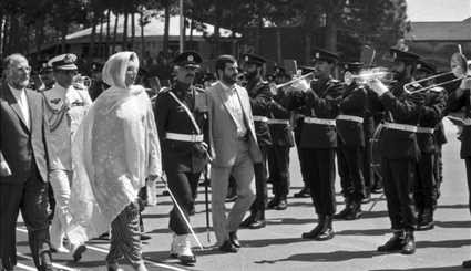 Late Pakistani PM visiting Iran in 1990