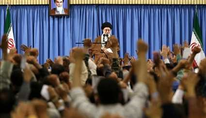 Leader receives Iranians on eve of election