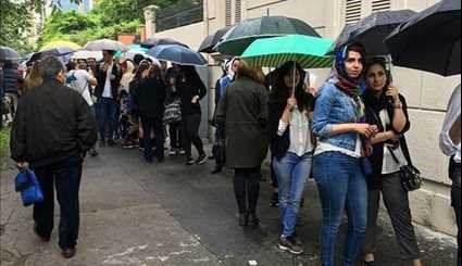 Iranian Expats in 102 Countries Vote in Iran's 12th Presidential Elections
