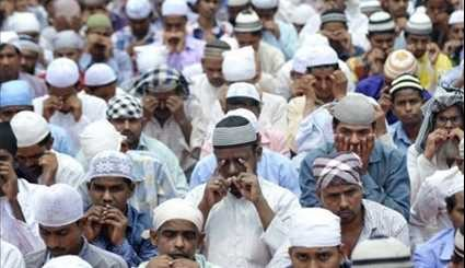 Muslims Worldwide Mark Holy Fasting Month