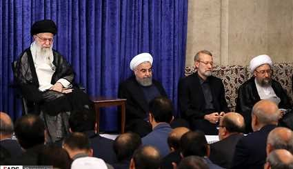 Leader receives Iran's senior officials