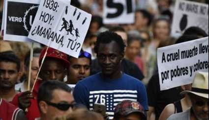 Barcelona Protest to Support Refugees Draws Thousands