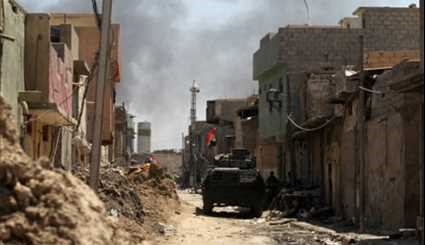 Iraqi Forces Push into Mosul Old City
