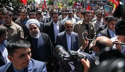 Officials Join Millions of People in Tehran to Mark Int'l Quds Day