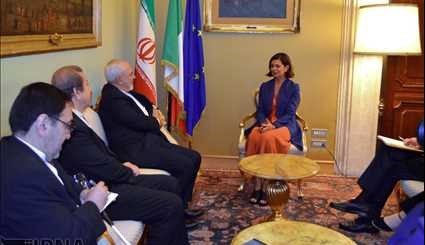Foreign Minister's Meetings in Italy / Pictures
