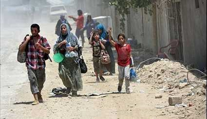 Hundreds of Civilians Flee Mosul's Old City as Special Forces