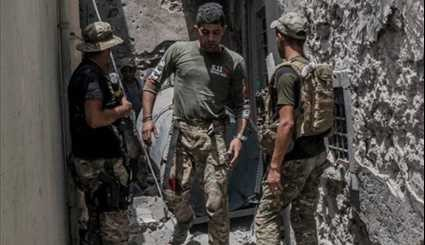 Iraqi Troops in Battle with ISIL Militants in Old City of Mosul