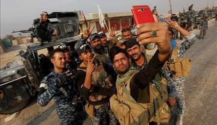 Selfies of war