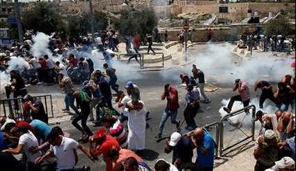 Palestinians Protest against New Israeli Security Measures at Al-Aqsa Mosque Compound