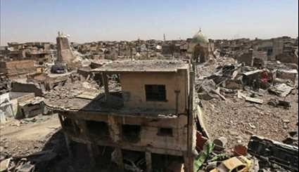 Iraqi People Enjoy Life in Peace among Rubble of Mosul