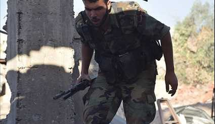Syrian Army Pushes against Militants in Eastern Damascus