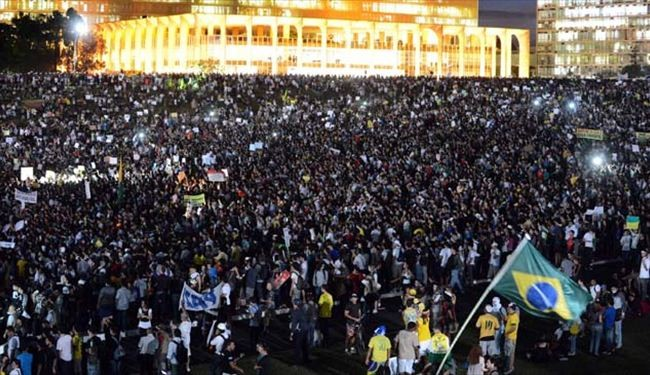 Million man protest hits 100 Brazilian cities