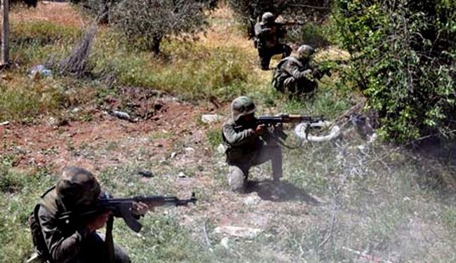 Syrian army clashes with militants in Hama