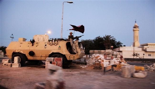 Militants open fire on Egypt army in Sinai