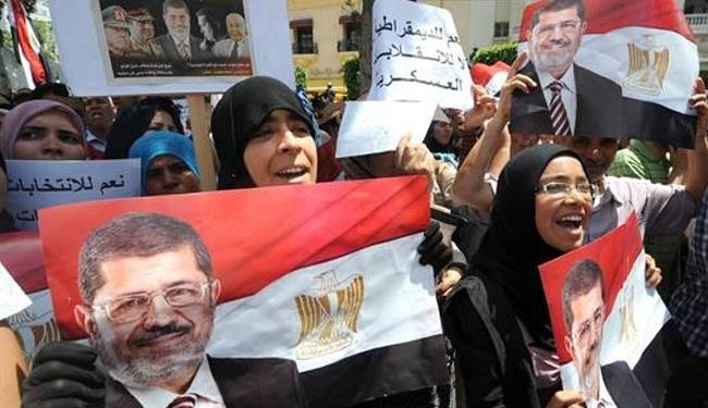 Thousands protest in Tunis against Morsi's ouster