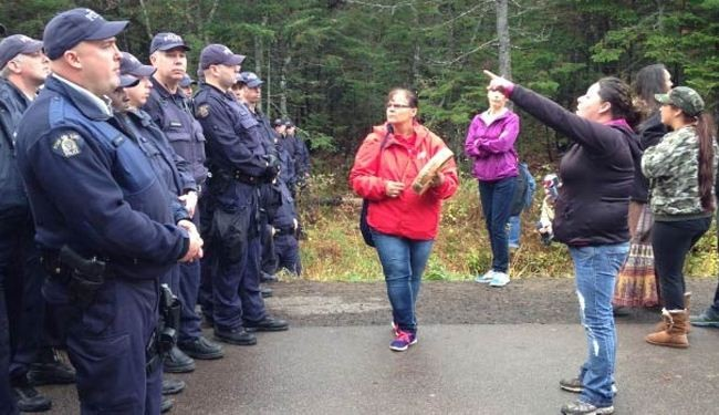 Canada nabs protestors over shale gas project