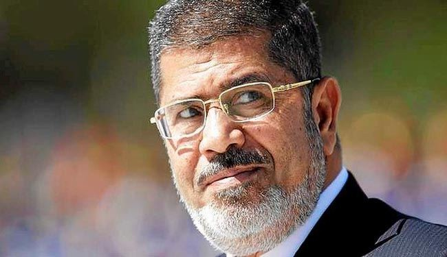 Egypt court adjourns trial of Morsi to January 8