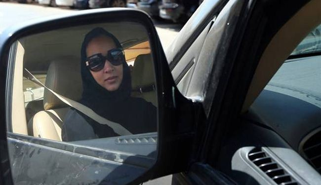 Female Saudis launch new driving campaign