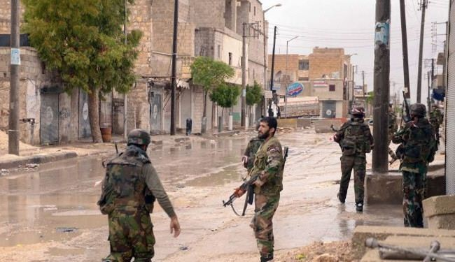 Syrian army pushes back militants near capital