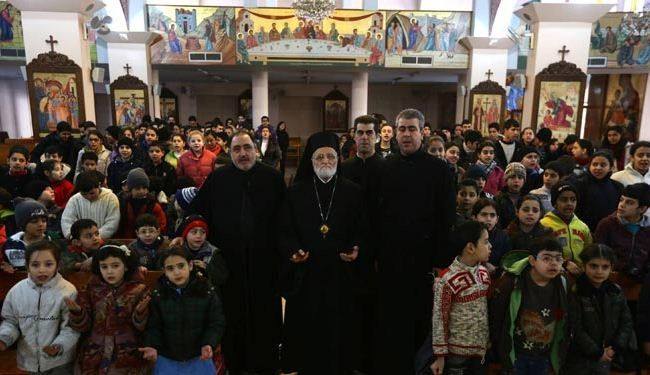 Militants kill 12 in attack on Syrian church