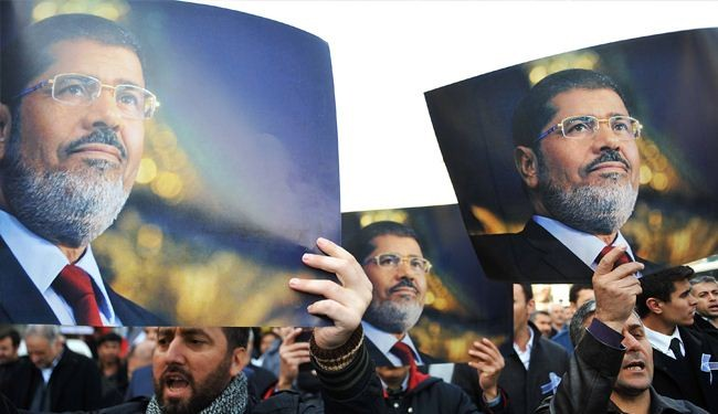 New charges against Morsi: Insulting judiciary
