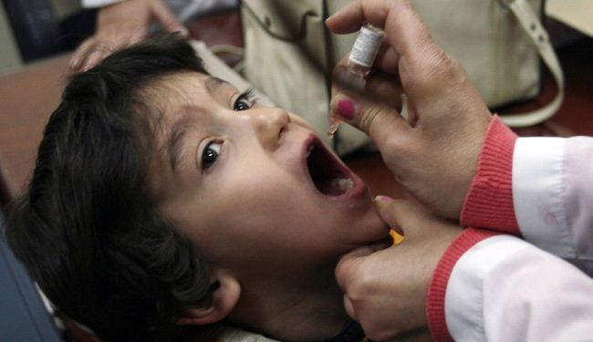 Polio vaccination begins in Syria's Yarmouk camp