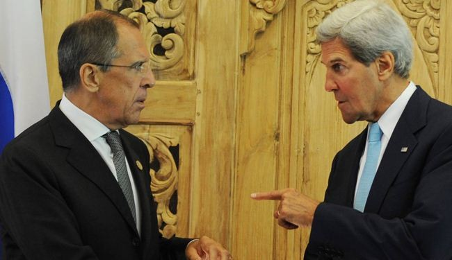 Russia: Kerry's threat futile, West sides with neo-Nazis