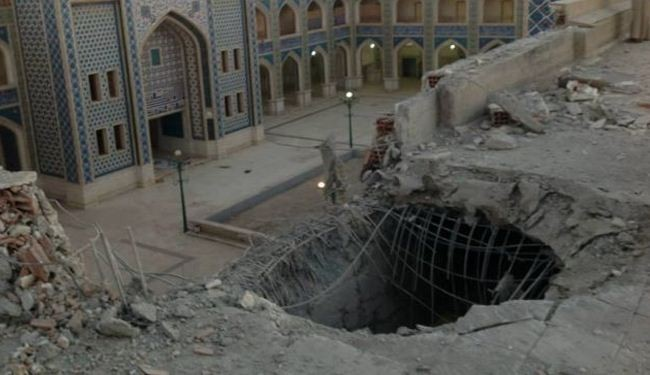 Terrorists bomb Shia shrine in Syria