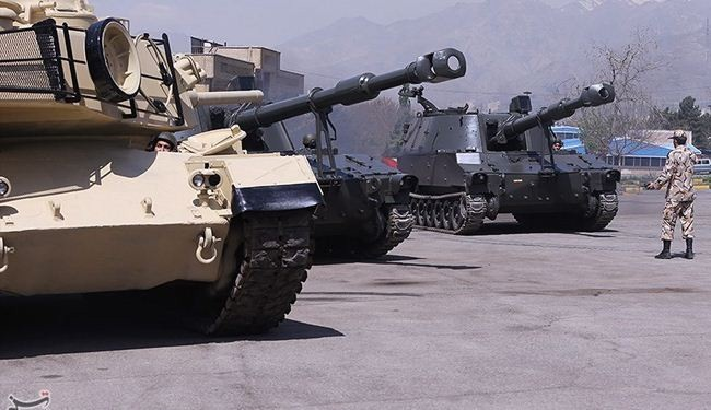 Pictures: Iranian Army unveils new defense equipment