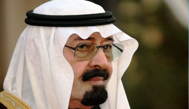 Saudi king Abdullah reshuffles defense posts
