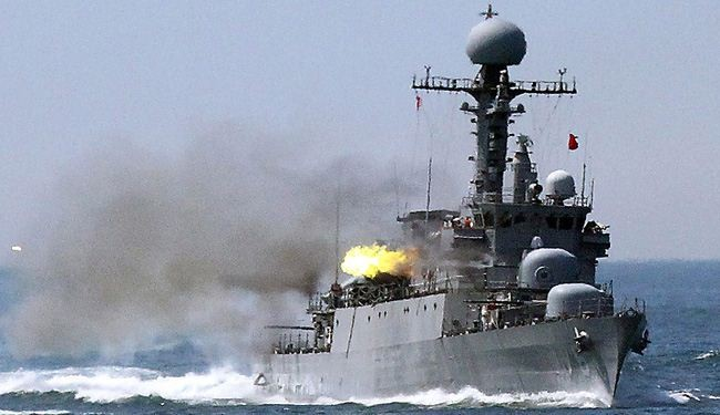 N.Korea fires shells near S.Korea warship in sea border
