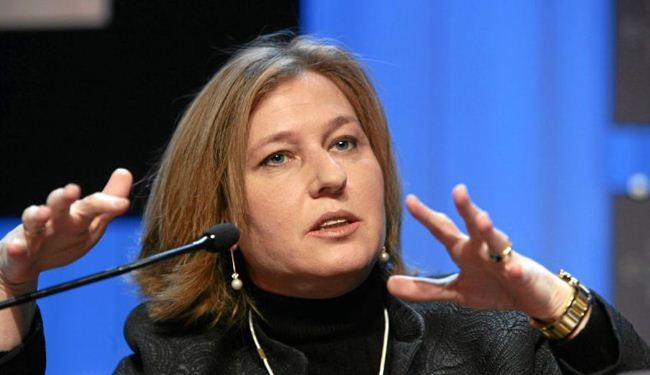 Livni threatens to quit post over annexing land in West Bank