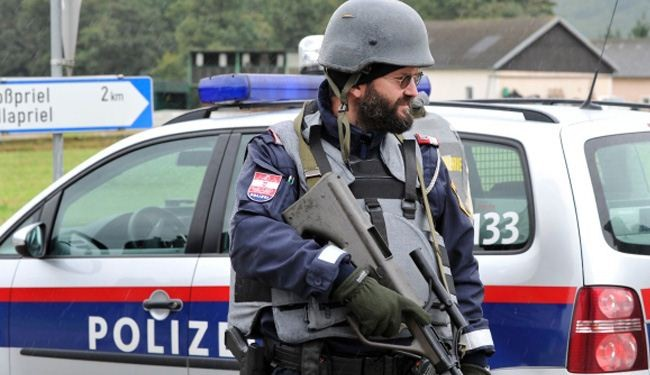 Austria arrests takfiri cleric over recruiting Syria militants