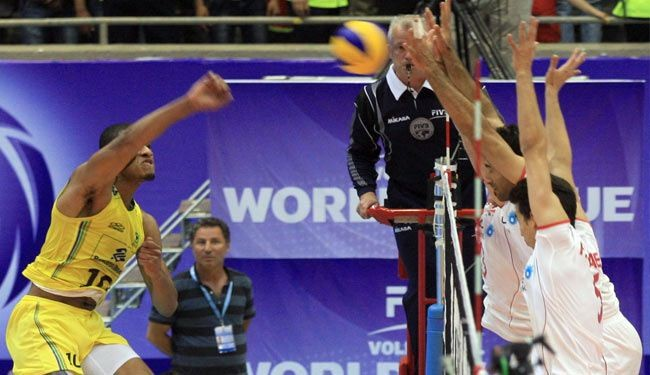 Iran's volleyball squad beats powerhouse Brazil 3-2